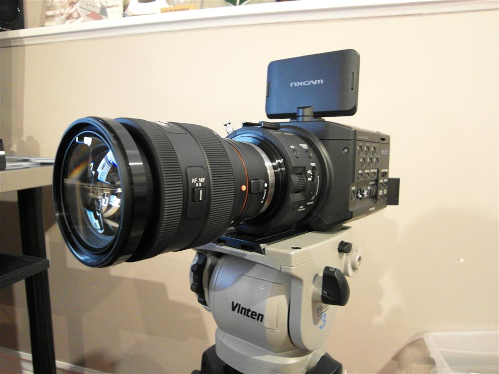 Sony 16-50mm f/2.8 on FS100